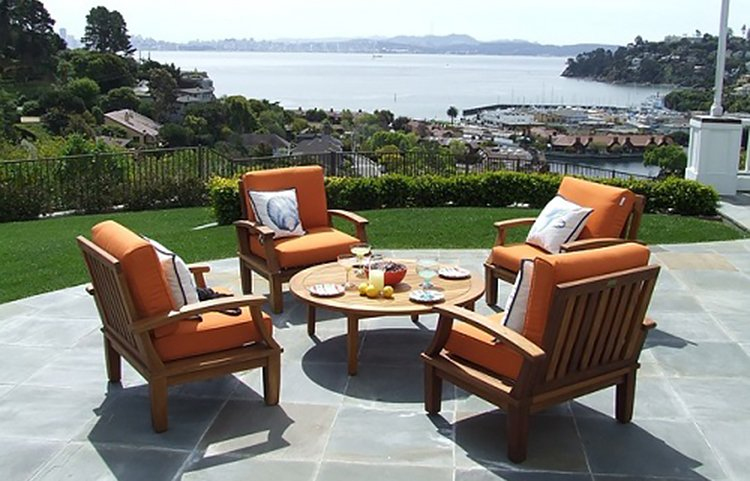 Get Help Putting Together Patio Furniture To Create The Perfect Outdoor Retreat