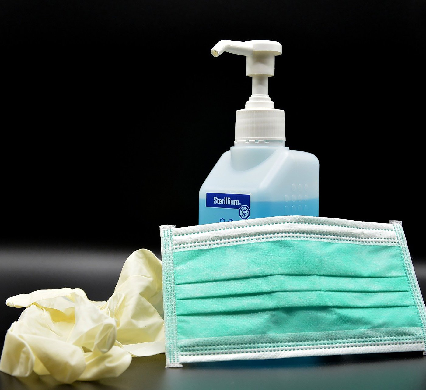 hand-disinfection-4954840_1920-cropped
